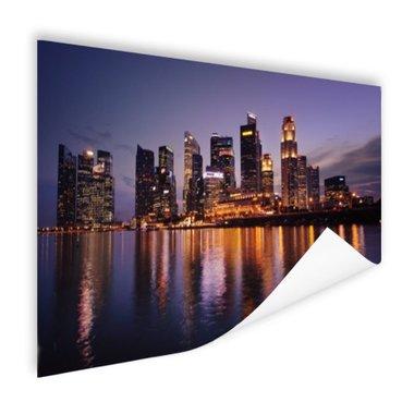 Singapore skyline met paarse lucht - Poster