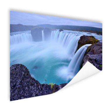Een grote ronde waterval in IJsland - Poster