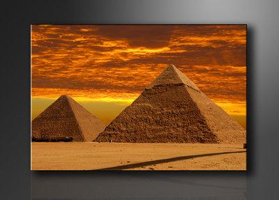 Piramides - Canvas Schilderij 120 x 80 cm